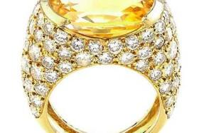 Luxusní prsten